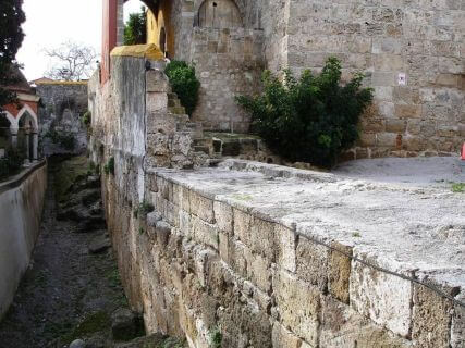 The Byzantine fortifications, Rhodes Private Tours